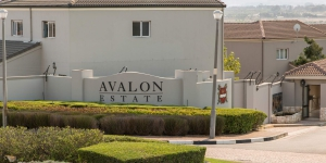Avalon Estate built with Maxi Plaster Bricks