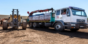 Claytile Maxi Bricks delivery